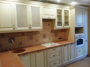 Кухня из фасадов Лабрис