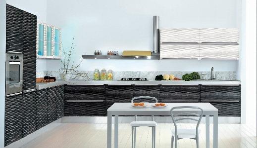 кухня с фасадами ракушка черно-белыми